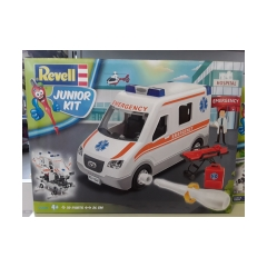 revell junior kit ambulanza Emergency 4+