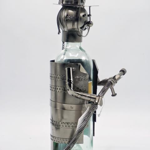 Porta bottiglia a forma di pompiere